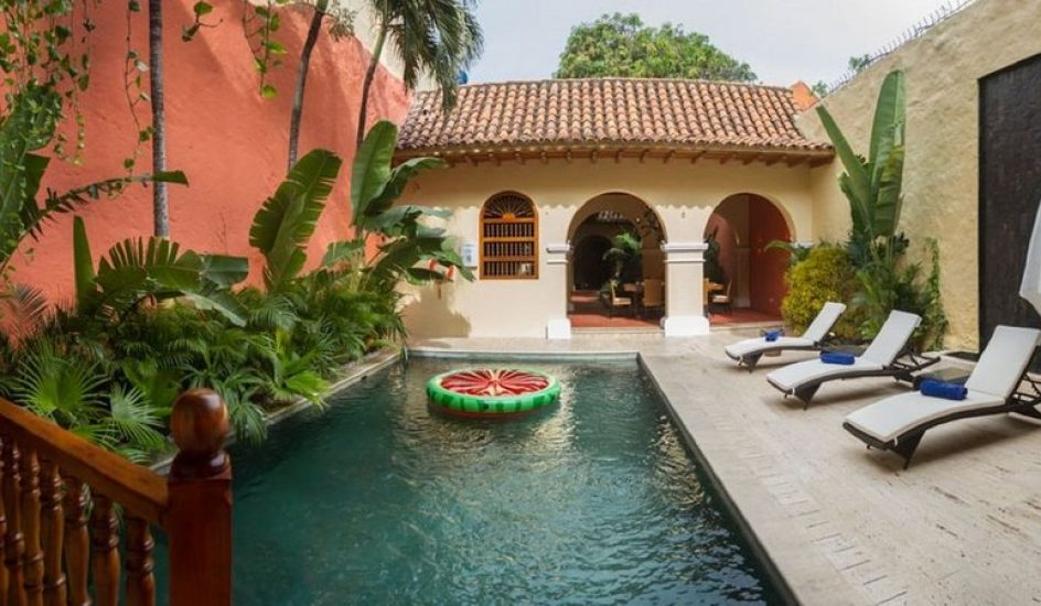 bachelor-party-tour-colombia-vacation-rentals-accommodation-cartagena-198
