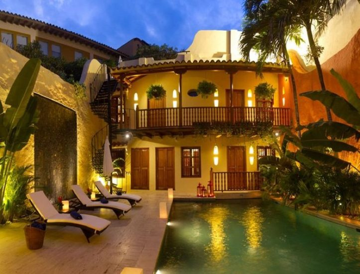 bachelor-party-tour-colombia-vacation-rentals-accommodation-cartagena-231