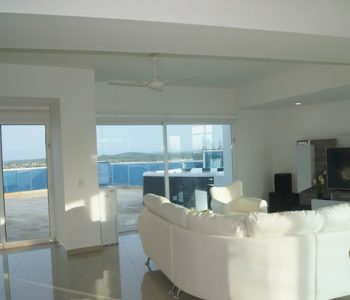 bachelor-party-tour-colombia-vacation-rentals-accommodation-cartagena-38
