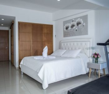 bachelor-party-tour-colombia-vacation-rentals-accommodation-cartagena-42