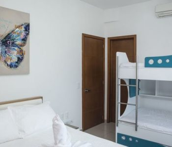 bachelor-party-tour-colombia-vacation-rentals-accommodation-cartagena-44
