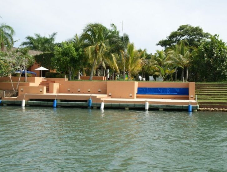 bachelor-party-tour-colombia-vacation-rentals-accommodation-cartagena-479