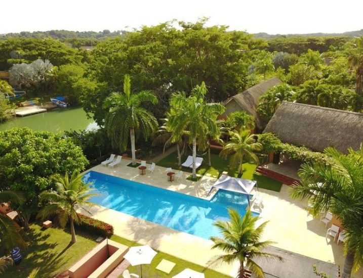 bachelor-party-tour-colombia-vacation-rentals-accommodation-cartagena-483