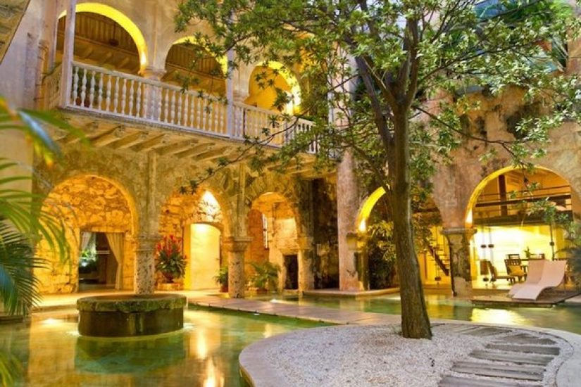 bachelor-party-tour-colombia-vacation-rentals-accommodation-cartagena-595