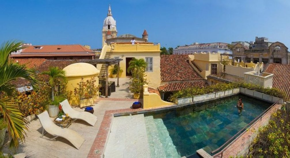 bachelor-party-tour-colombia-vacation-rentals-accommodation-cartagena-838