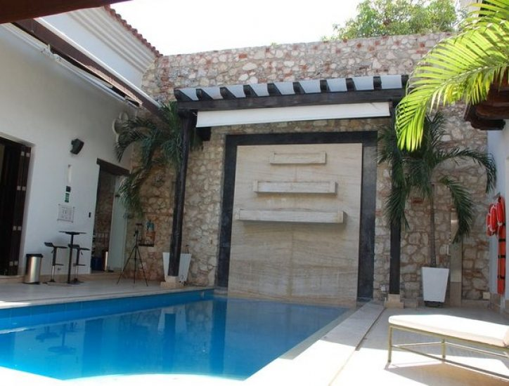 bachelor-party-tour-colombia-vacation-rentals-accommodation-cartagena-865