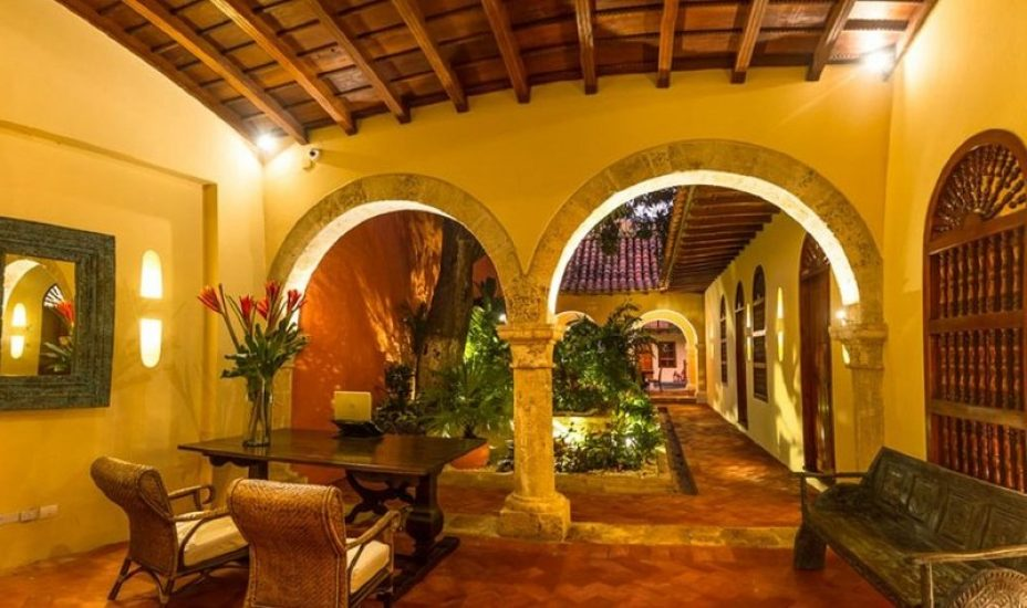 bachelor-party-tour-colombia-vacation-rentals-accommodation-cartagena-948