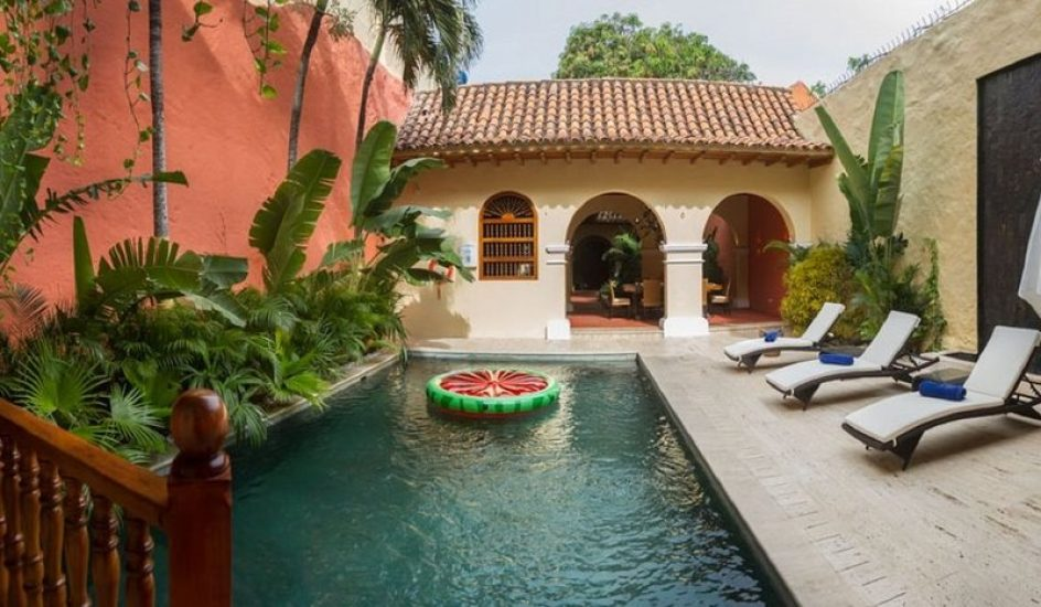 bachelor-party-tour-colombia-vacation-rentals-accommodation-cartagena-982