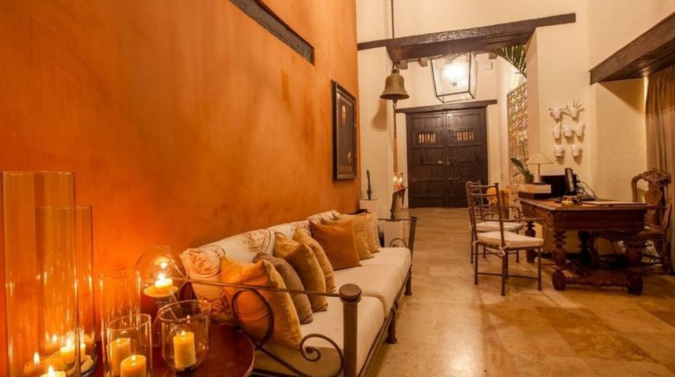 bachelor-party-tour-colombia-vacation-rentals-accommodation-cartagena-989
