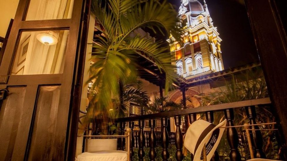 bachelor-party-tour-colombia-vacation-rentals-accommodation-cartagena-997