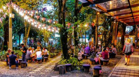 medellin-bachelor-party-lleras-park-poblado-nightlife