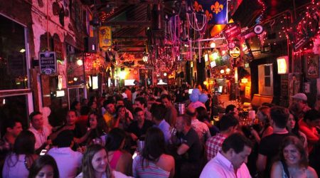 night-clubs-bourbon-st-bar-cartagena